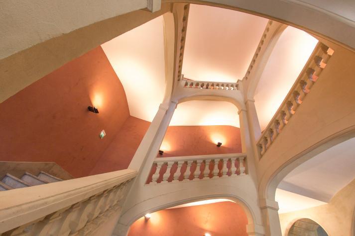 Escalier du hall d'honneur de Saint-Charles